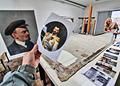 на-портрете-Ленина-обнаружили-изображение-Царя