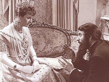Царица с Распутиным