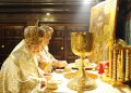 Почему цари причащались как священники